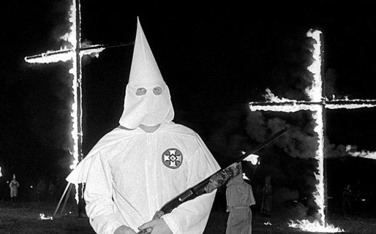 Beyaz Irkçılar yalnız başlarına mı katliam yapıyorlar!(20 Şub 2018)